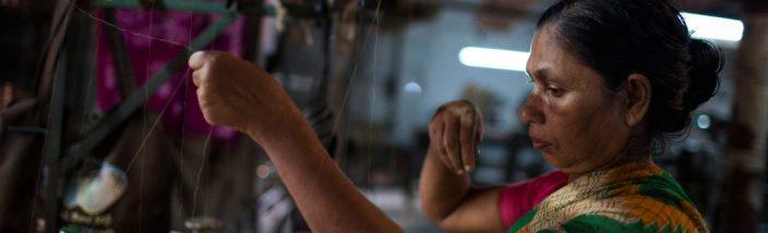 garmentworkerbangladesh-1100x733